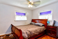 422 20th Ave Indian Rocks-large-019-10-Bedroom 1-1498x1000-72dpi