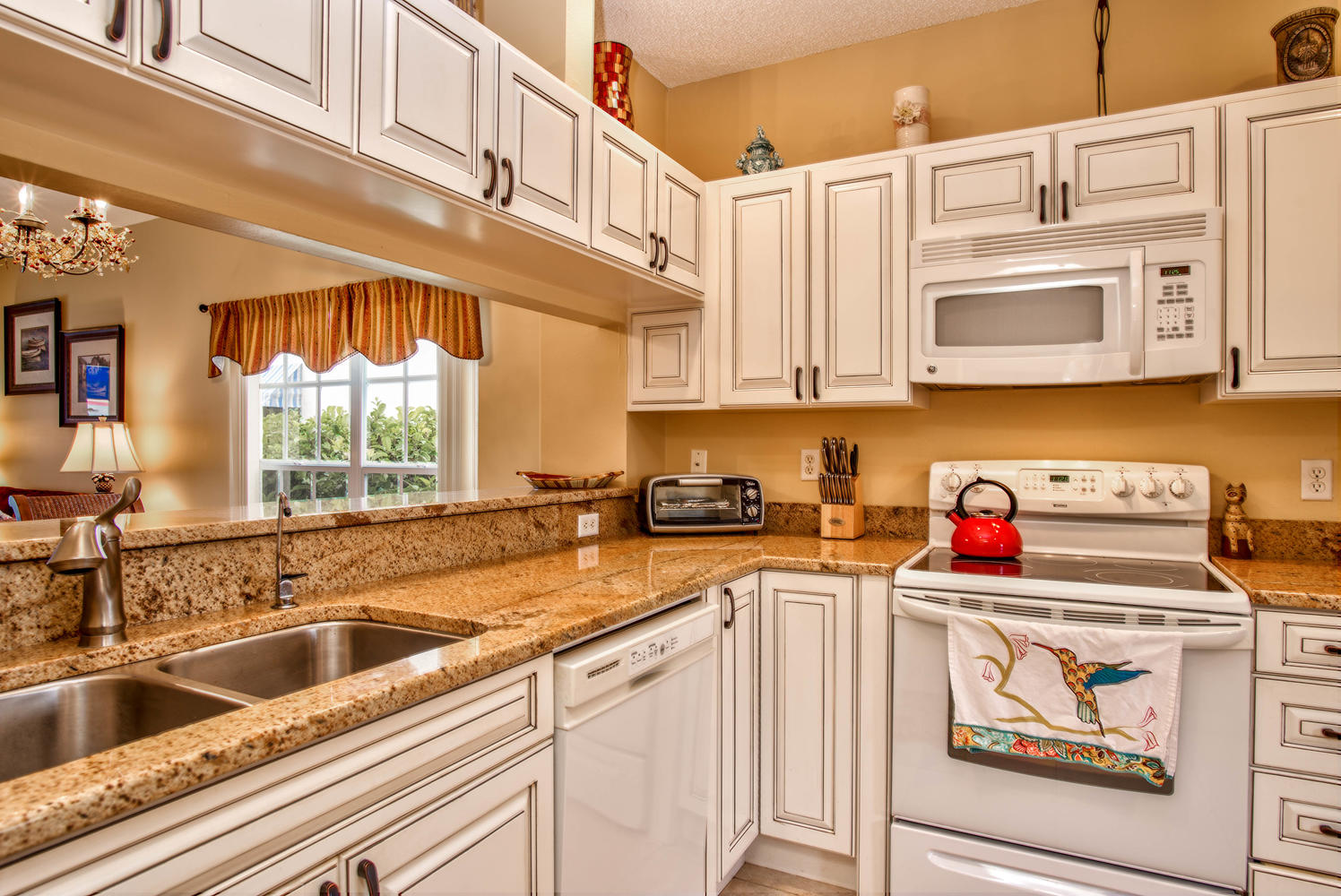 11525 Shipwatch Dr unit 1046-large-018-6-Kitchen-1496x1000-72dpi