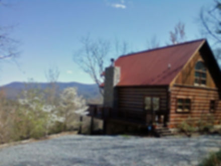 Front Side Profile View of LIZARD LOOKOUT CABIN HOME IN MOUNTAINS