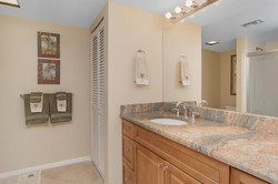1400 gulf blvd 108 Clearwater-large-017-