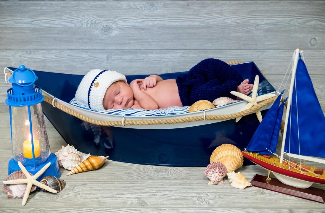 Tristan Newborn (6 of 38).jpg