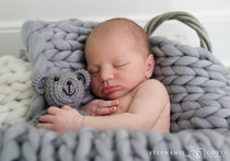 Ethan's Newborn Photos SM (24 of 32).jpg