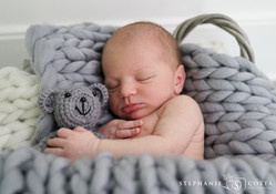 Ethan's Newborn Photos SM (24 of 32).jpg