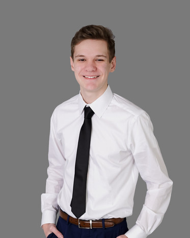Evan 2019 Year Book Photo (2 of 3).jpg