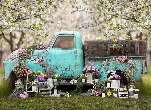 Springtime Truck Easter and Spring Mini Photo Session