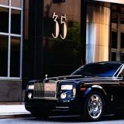 Translado privativo em carro de luxo para hotel