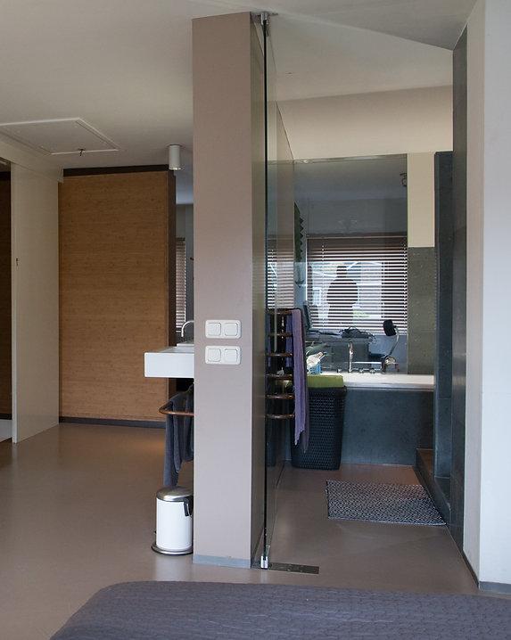 Bas Gremmen Architectuur: Badkamer Woonhuis Krimpen aan de IJssel
