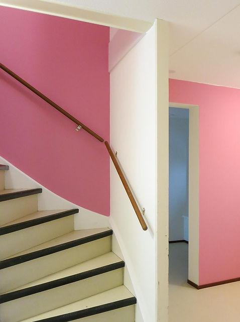 Bas Gremmen Architectuur: Kleurontwerp gang appartementen Stichting Cavent