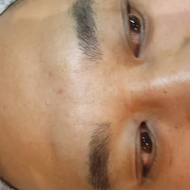 Male Realism Microblading Eyebrows by El