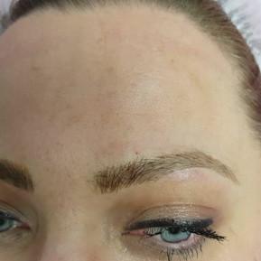 Fluffy Realism Blond Eyebrows Microblading by El Truchan
