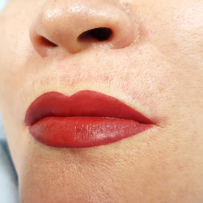 Lips Permanent Makeup Cosmetic Tattoo by El Truchan
