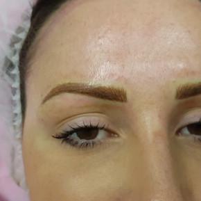 Realism 3D Eyebrows Microblading by El Truchan