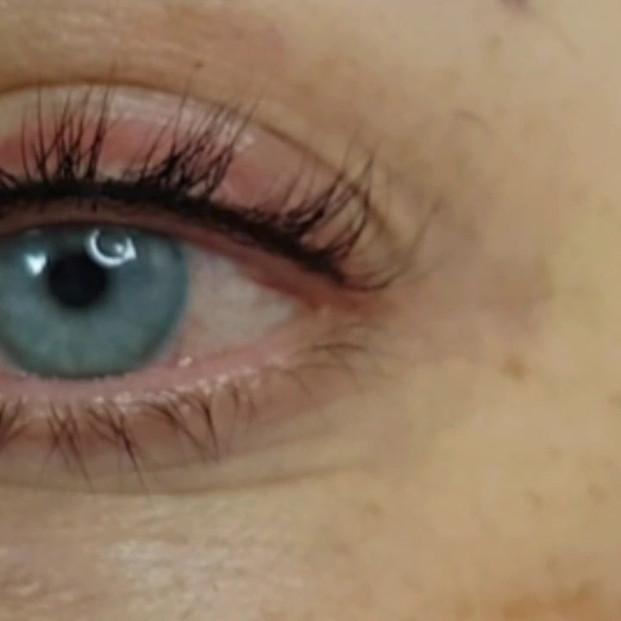Invisible Eyeliner Permanent Makeup Micropigmentation by El Truchan