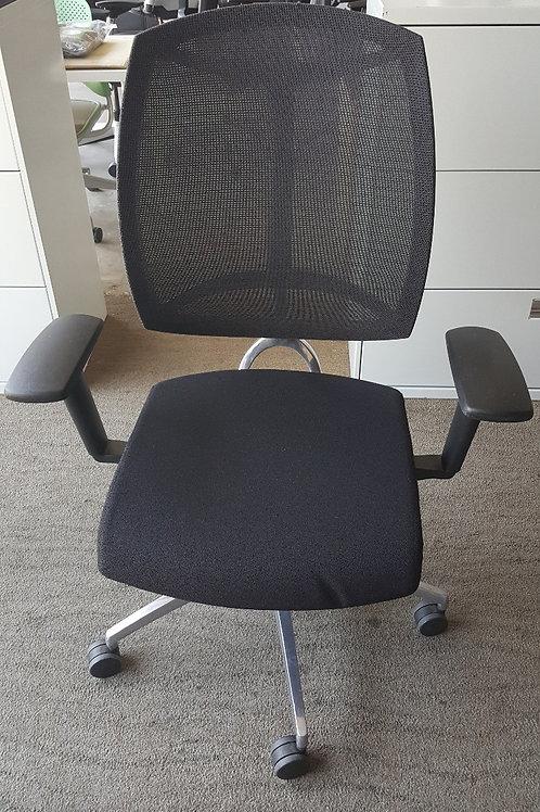 Visio Chairs by Teknion
