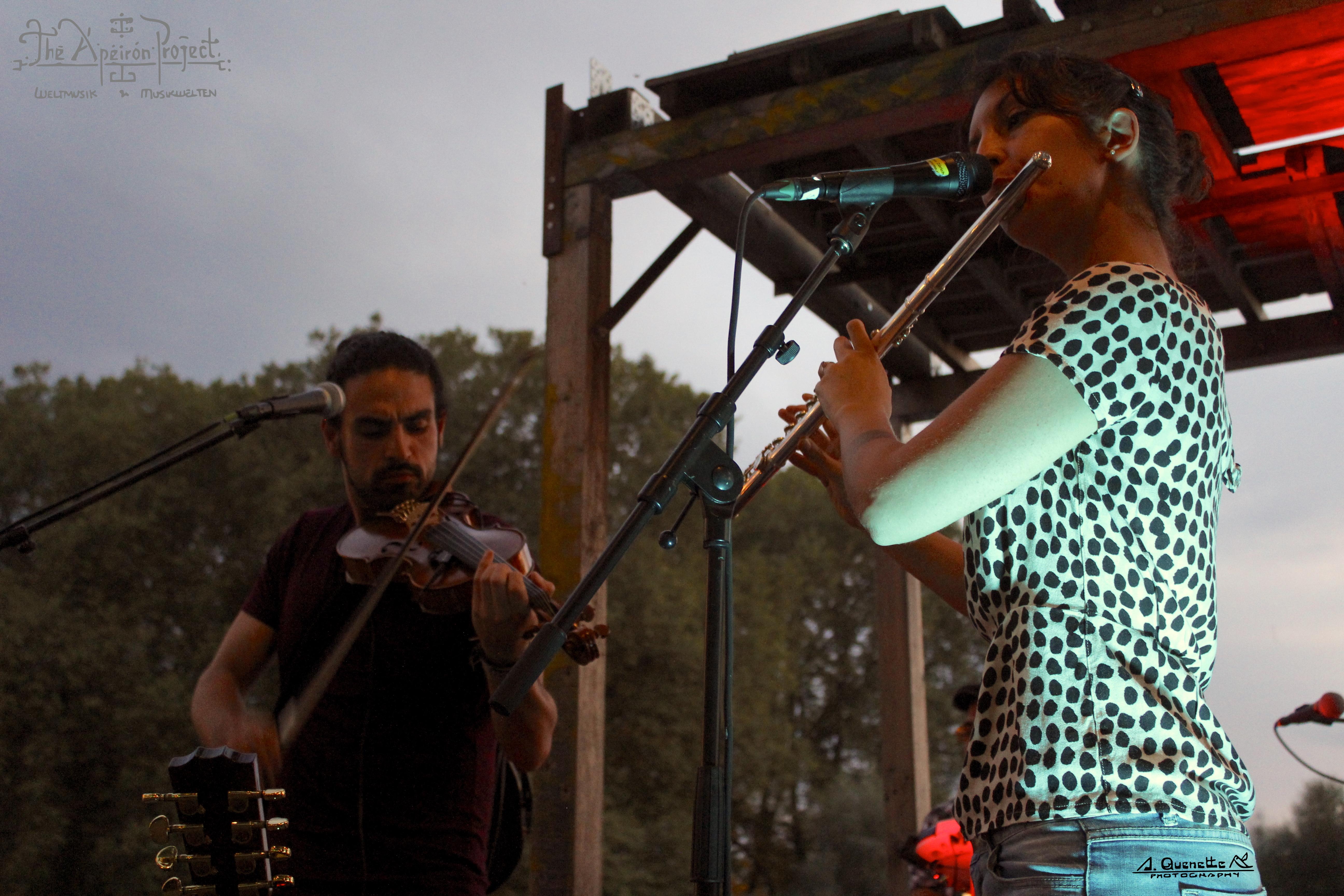 Fernando&Marta_Chuchi am Wasser