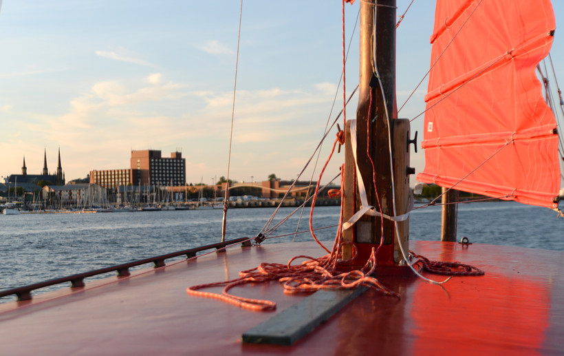 Chinese Junk Boat Tour