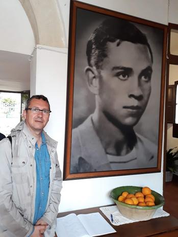 """""""Con"""" Miguel Hernández"""