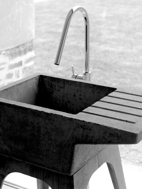 Bespoke concrete sink made by Ben Huggins