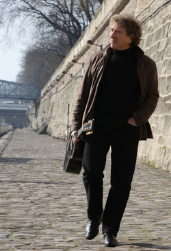 Eric along the Seine