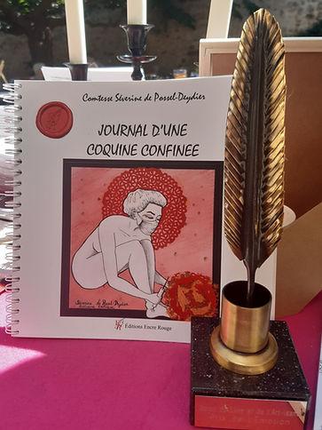 livre LUXE + trophée.jpg