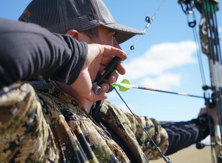 Issue 119: Bowhunting Releases - Wrist Strap VS. Handheld