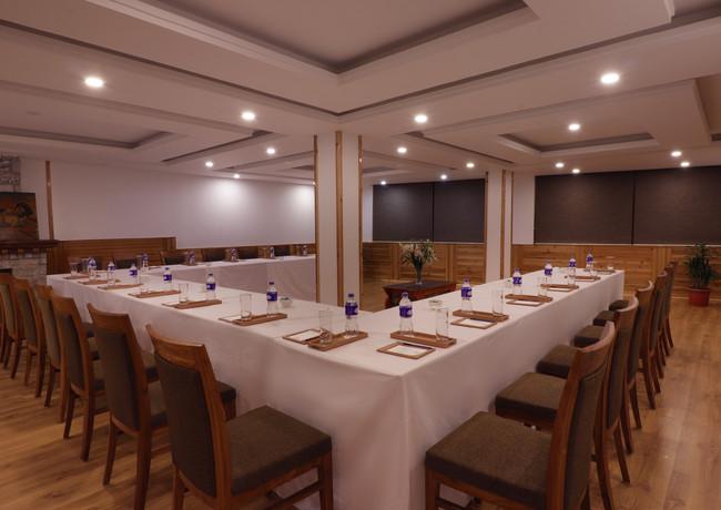 Banquet Hall2.jpg