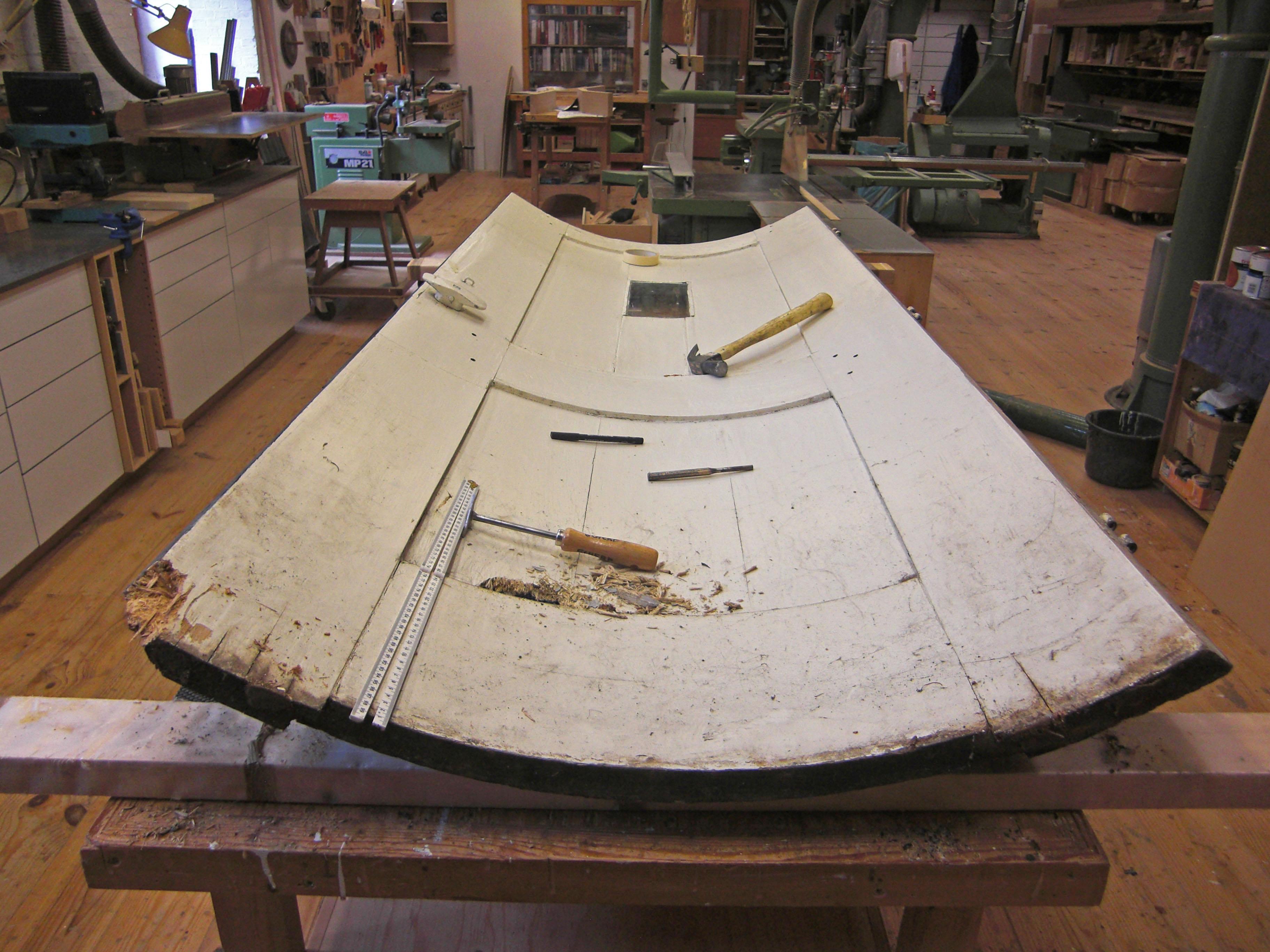 Restauratie van een ronde deur