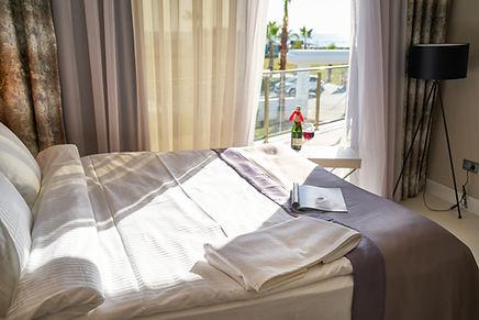 hotel-3976622.jpg