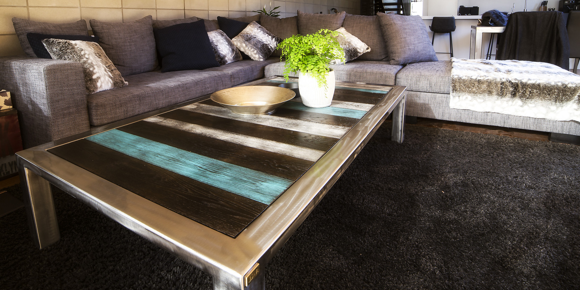 OAK AND STEEL COFFEE TABLE