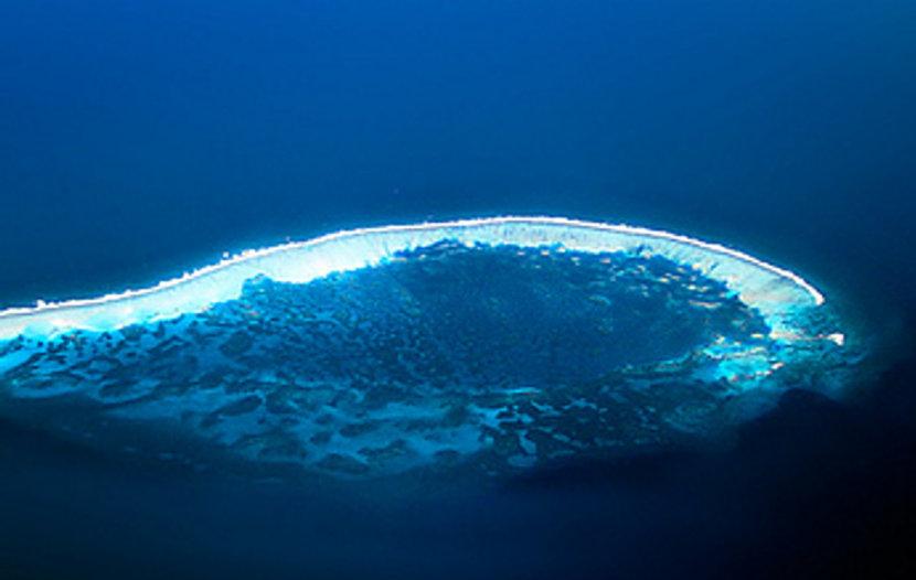 Roncador Crater 2.jpg