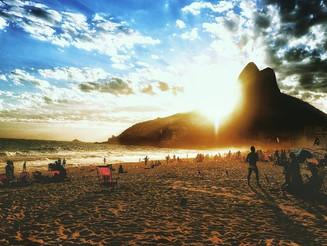Dağlar ve plajlar