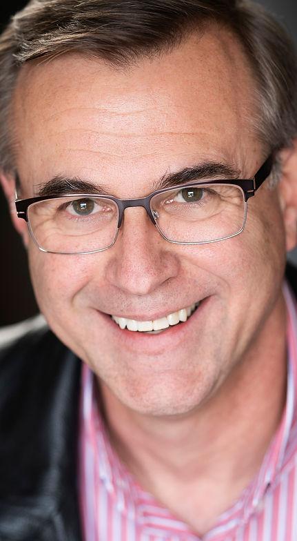 Steve Sladaritz founder and coach of the Actors Improv Workshop