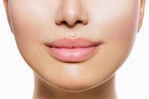 acido-hialuronico-labios.jpg