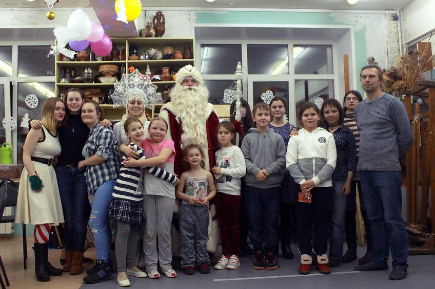 Новый год в изостудии, изостудия ЦДК Калнина