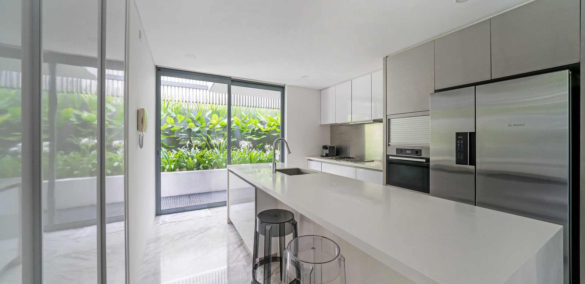 L1. Kitchen 1.jpg
