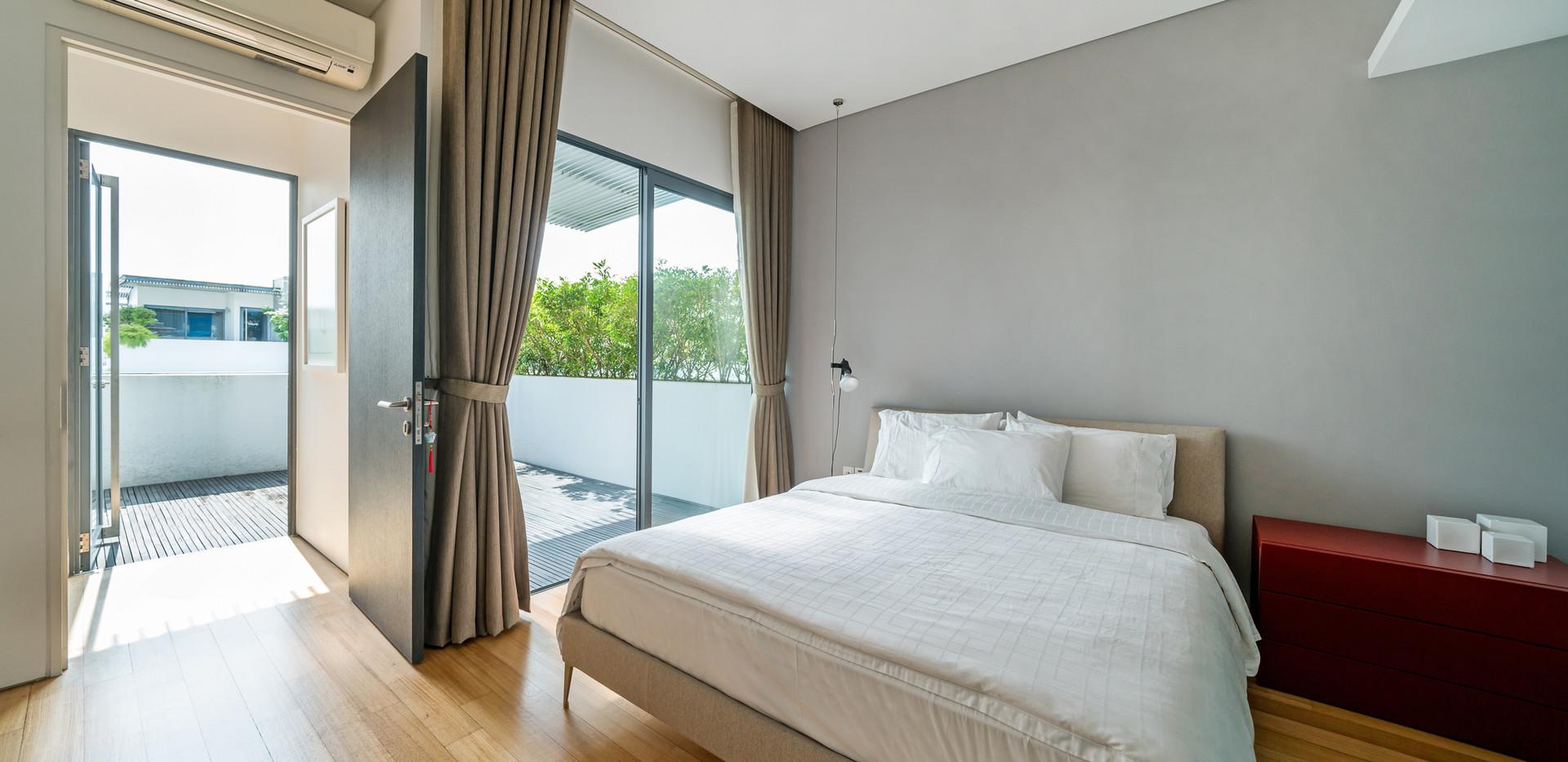 L3. Master Bedroom 2.jpg