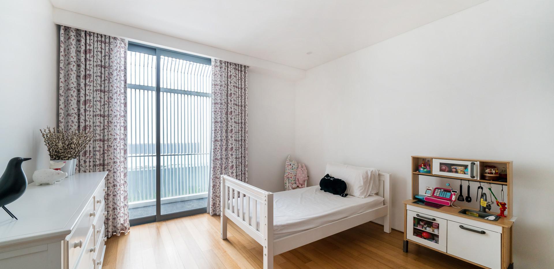 L2c. Junior Master Bedroom 1.jpg