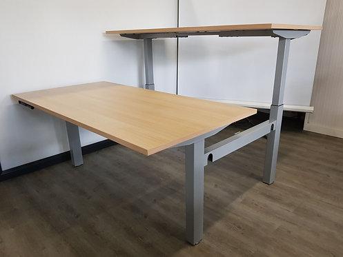 Dubbel zit/sta bureau slinger verstelbaar