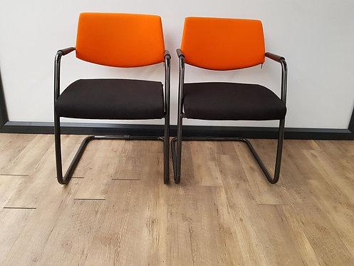 Vergaderstoel Sitland (Oranje/zwart)