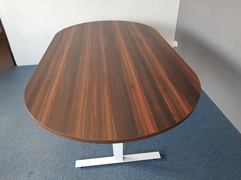Design ovale vergadertafel