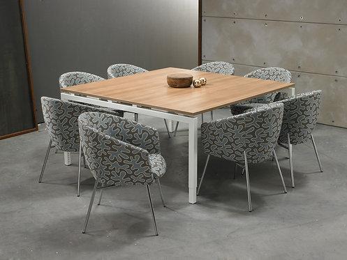Vierkante vergadertafel 4- poot (160x160)