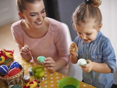 La décoration des oeufs de Pâques