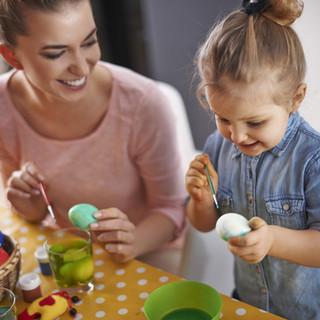 Decorar ovos de Páscoa