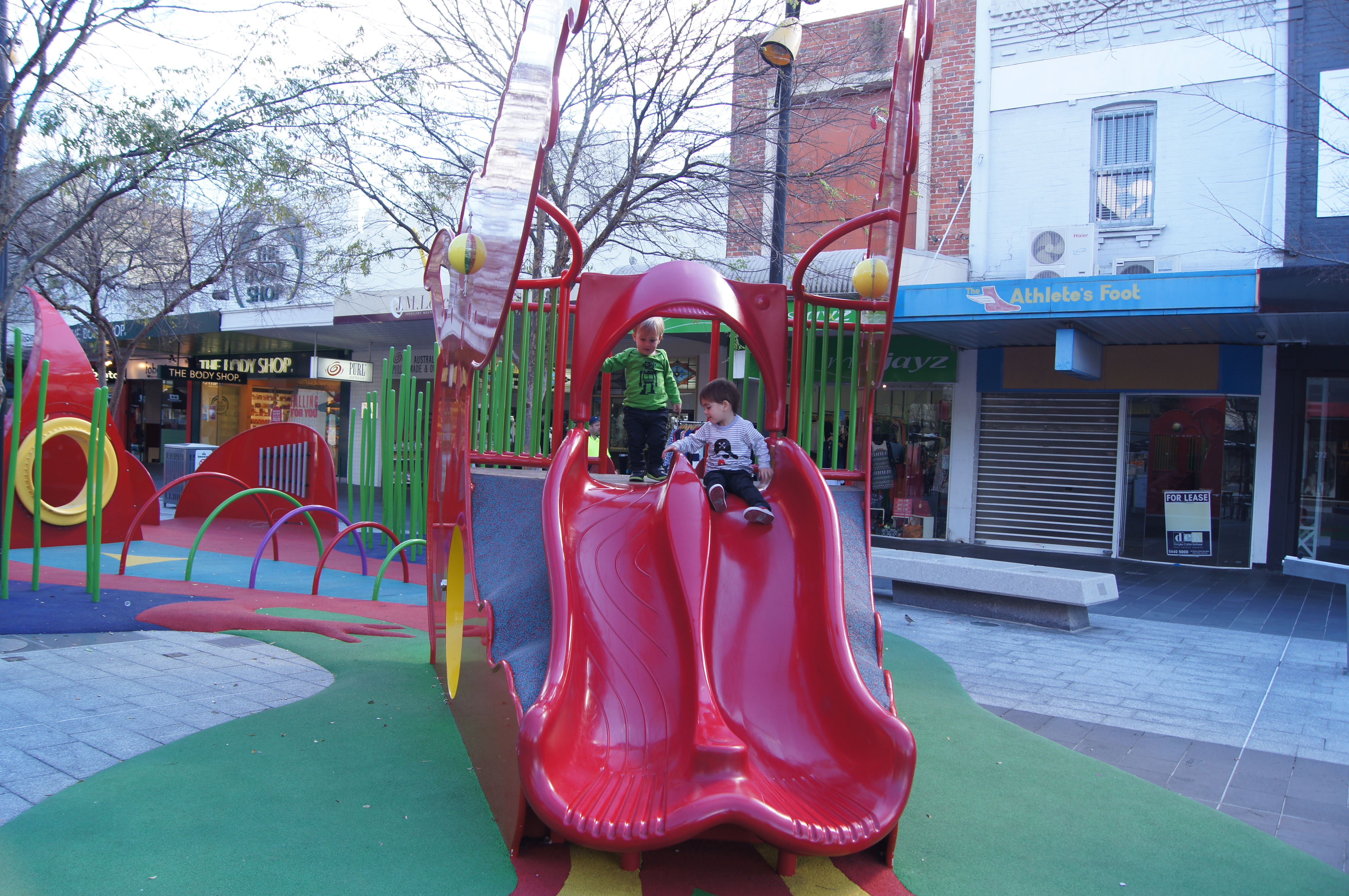 Hargreaves St Playground
