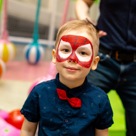 Personažai jūsų šventėms - vaikų gimtadieniams, krikštynoms, įmonių renginiams ir kt.