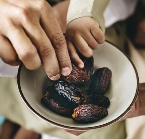 Prasideda ramadanas: kokios kulinarinės tradicijos jį gaubia?
