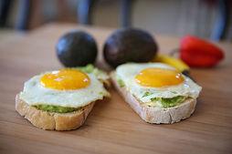 Kelios improvizacijos kiaušinių tema