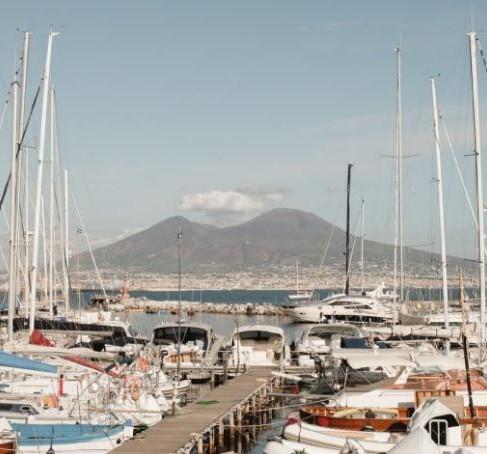 Elenos Ferrante romanų įkvėptas gastronominis maršrutas: ką patirti Neapolyje?
