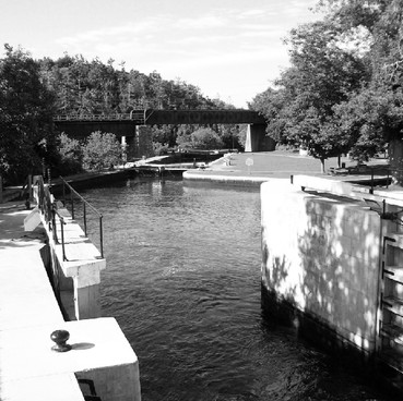 KINGSTON MILLS RIDEAU CANAL HISTORIC SWING BRIDGE