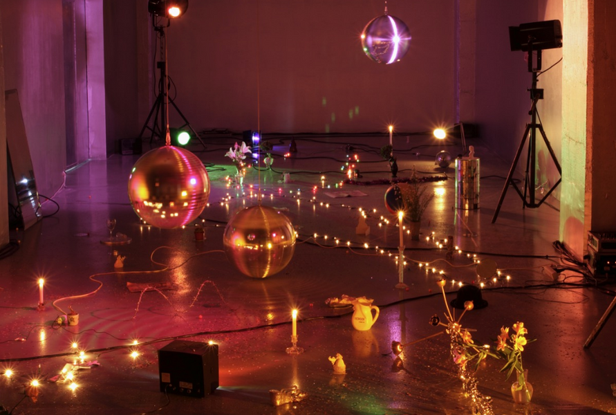Marc Camille Chaimowicz, Installation view, FRAC Bordeaux, 2008
